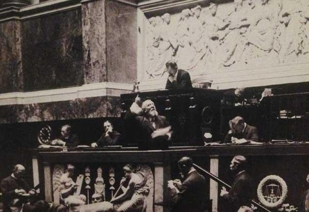 Jaurès en 1913, à la Chambre des députés (contre la Loi de trois ans)